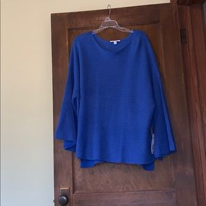 NWT blue flare sleeve sweater size 2x